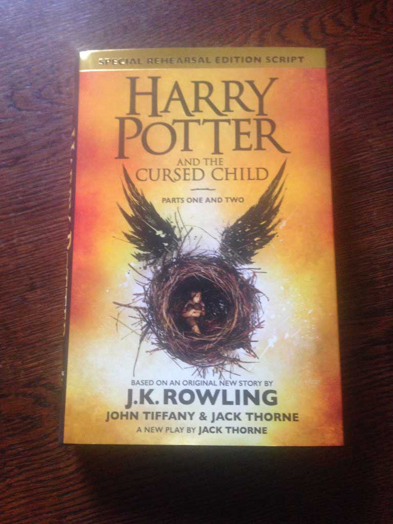 couverture Harry potter and the cursed child
