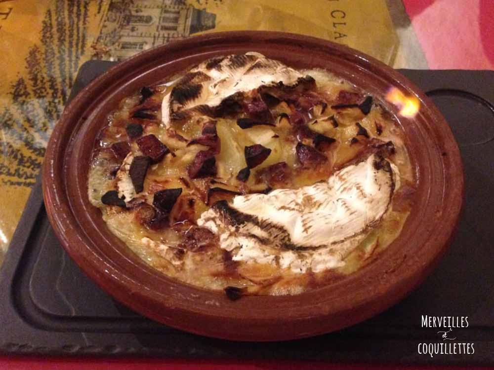 Camembert au lait cru au magret fumé du Sud Ouest flambé Chez Baud et Millet - Merveilles et coquillettes