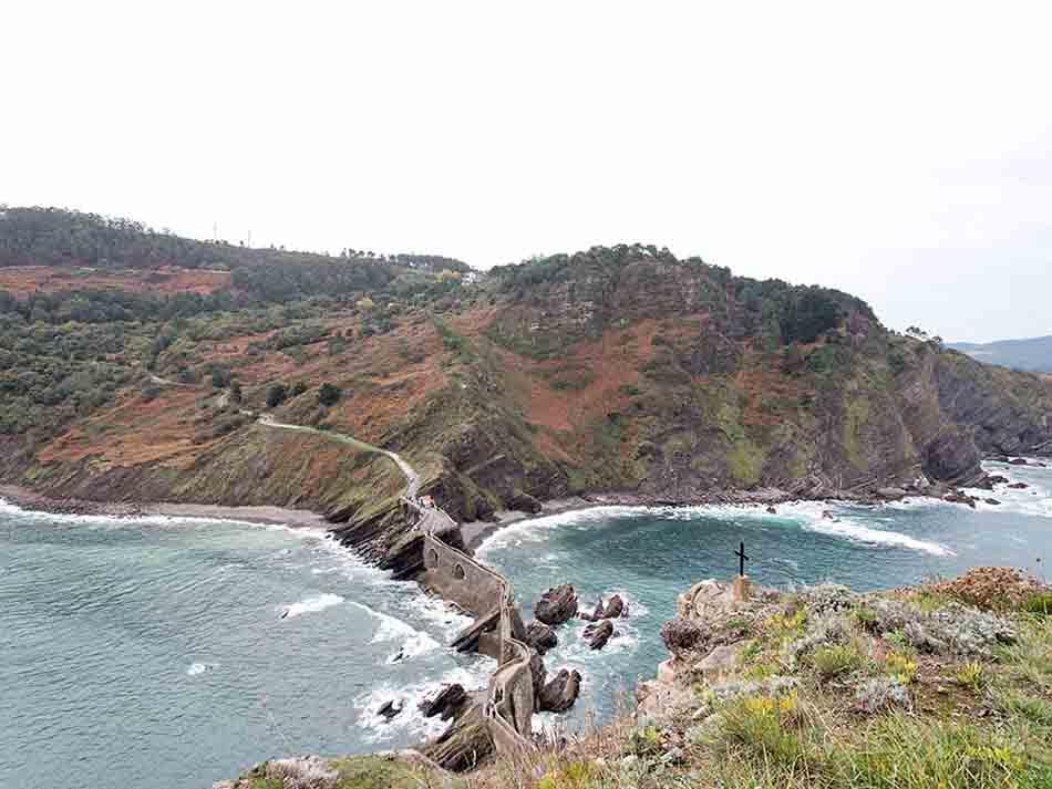 Lieu de tournage de Game of Throne : San Juan de Gaztelugatxe à 30 minutes de Bilbao - Merveilles et coquillettes