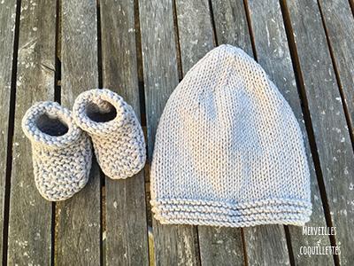 Kit de naissance   bonnet et chaussons au tricot – Merveilles et ... 54c3cd0bc6d